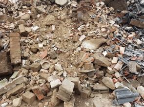 Hervorragend Wir entsorgen alle Abfälle von A-Z EG07